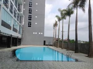 bể bơi vinh plaza